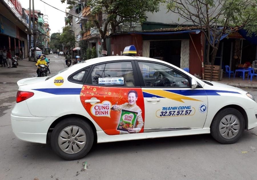 báo giá quảng cáo taxi thành công